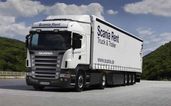 Jak wygląda praca kierowcy ciężarówki ce?
